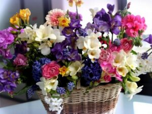 bukety-iz-zhivyh-cvetov-1
