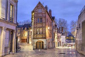 Orleans-France-800x533